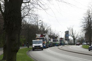 Ook voorgaande jaren trok de toerende stoet Irado-wagens veel bekijks - Foto Jan van der Ploeg