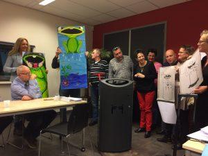 Werkgroep Beheer Buitenruimte uit Schiedam Oost kiest een ontwerp voor de pratende afvalbak-1